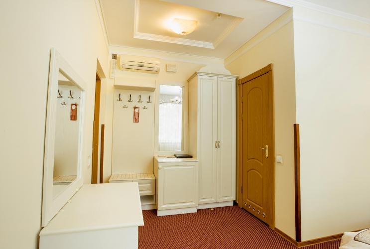 Отель Наталия 18 3Отель Наталия 18