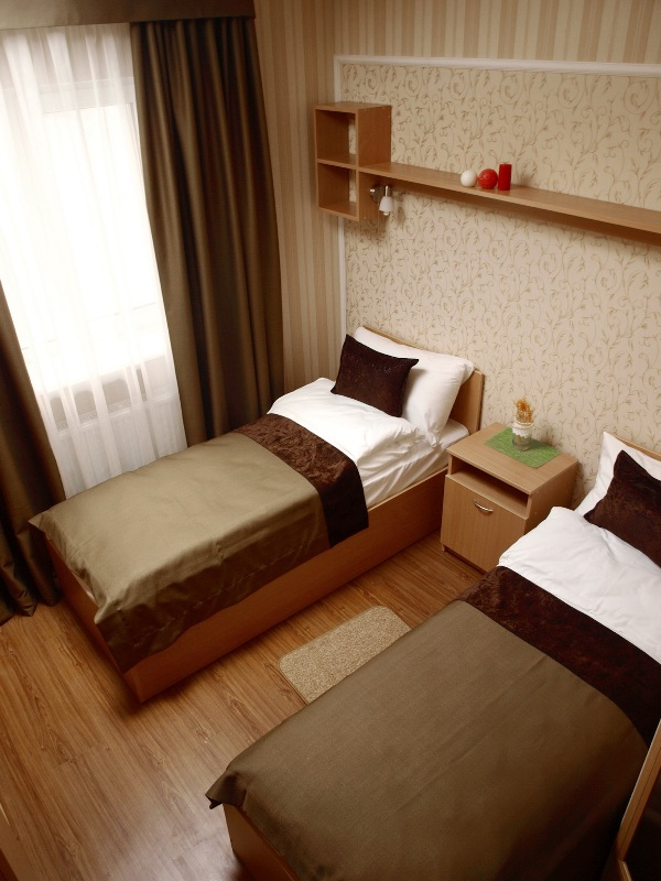 1 316Leon Hotel