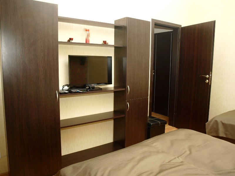247Leon Hotel