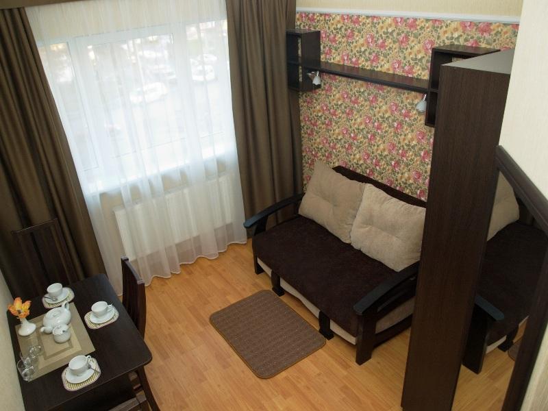 3 12Leon Hotel