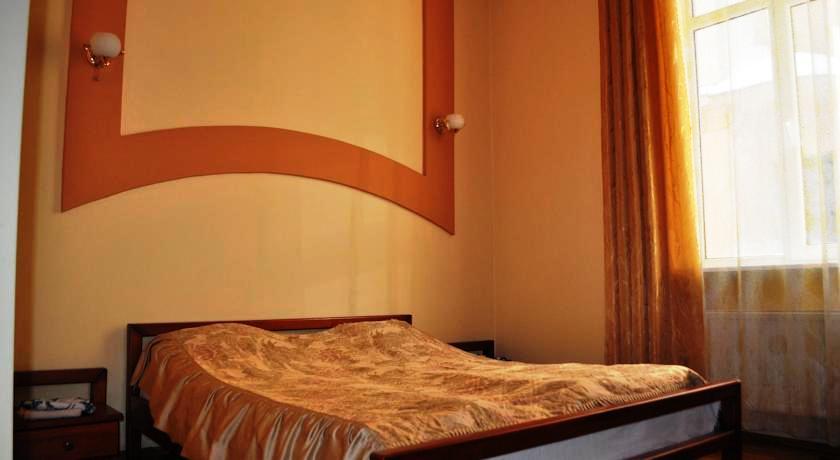 320Мини отель Эльпида