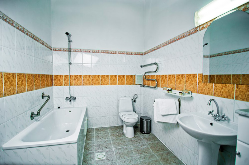 George Hotel comfort bathroomОтель Жорж