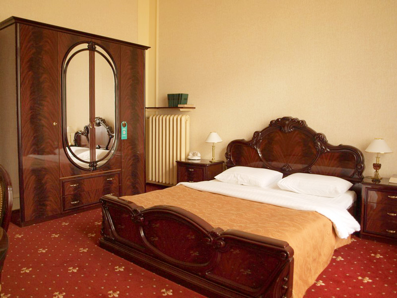 George Hotel junior suite 11Отель Жорж