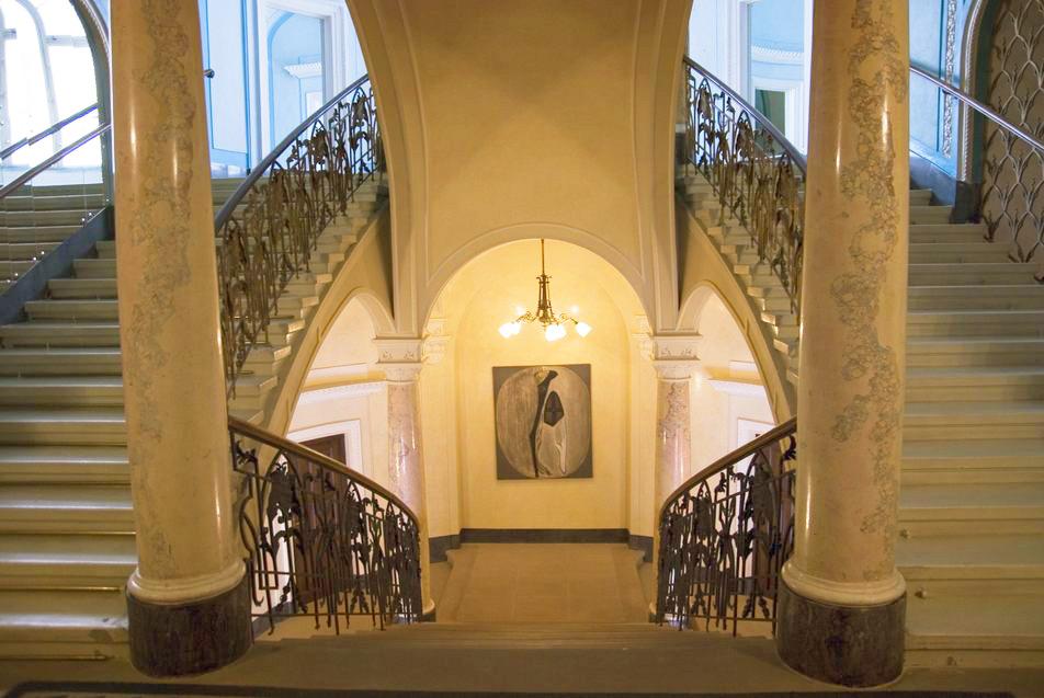 George Hotel stairs 1Отель Жорж