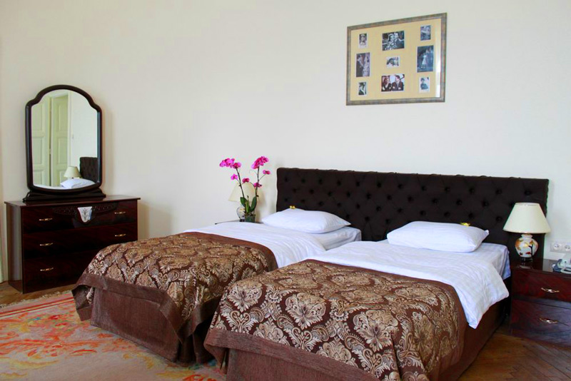 George Hotel thematic suite 1Отель Жорж