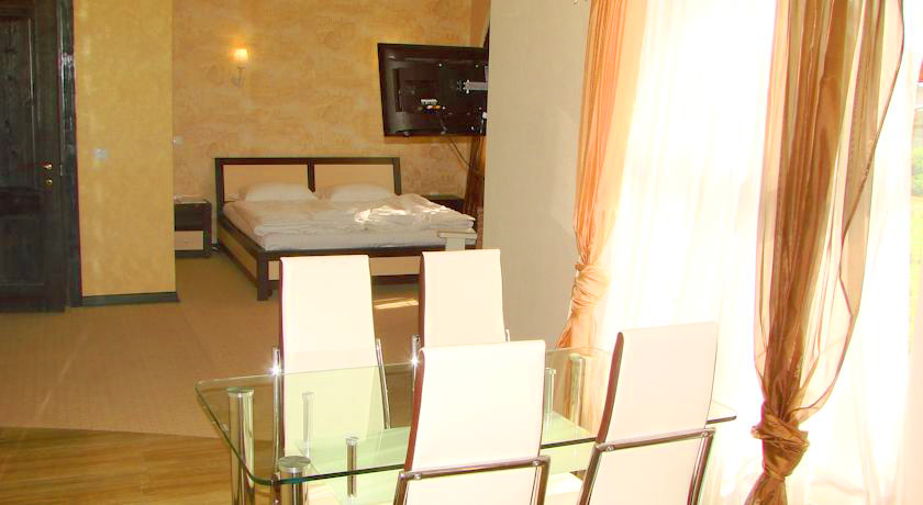 Knyazhyi Dvir suite 6Княжий двор