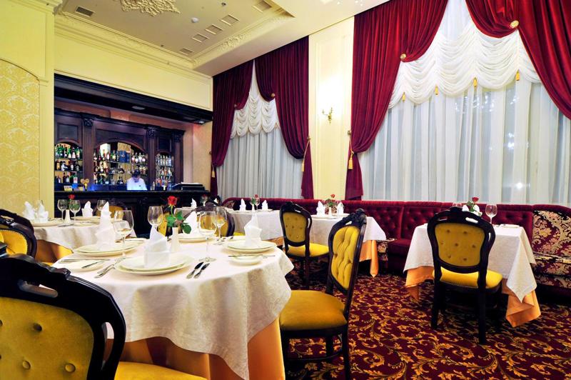 Nobilis hotel restaurant barОтель Nobilis