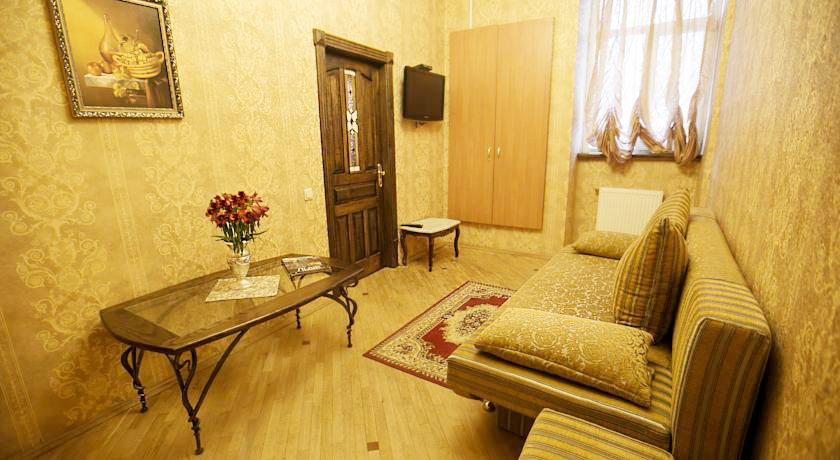 apartments na ploshi rynok livingroomApartments na Ploshcha Rynok