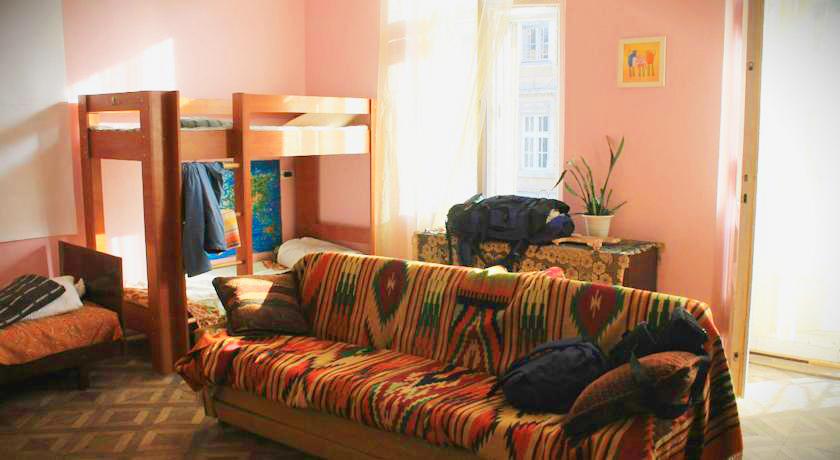 cats house hostel bedroom 3Хостел Кошкин дом