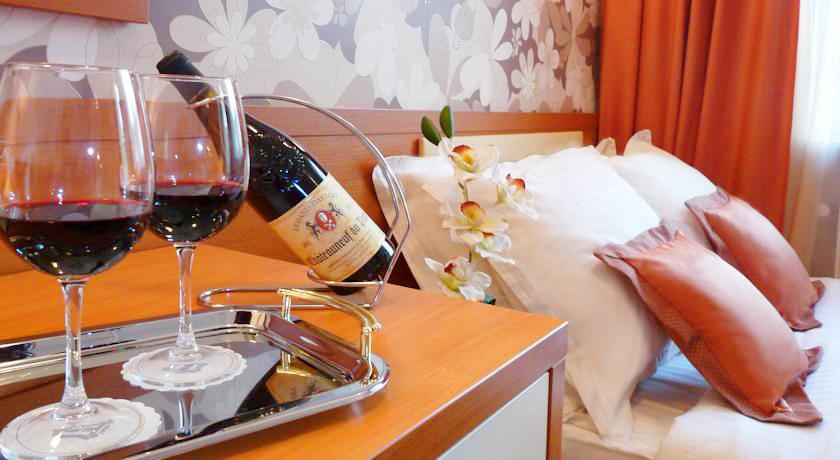 eney hotel lviv suite 17Отель Эней