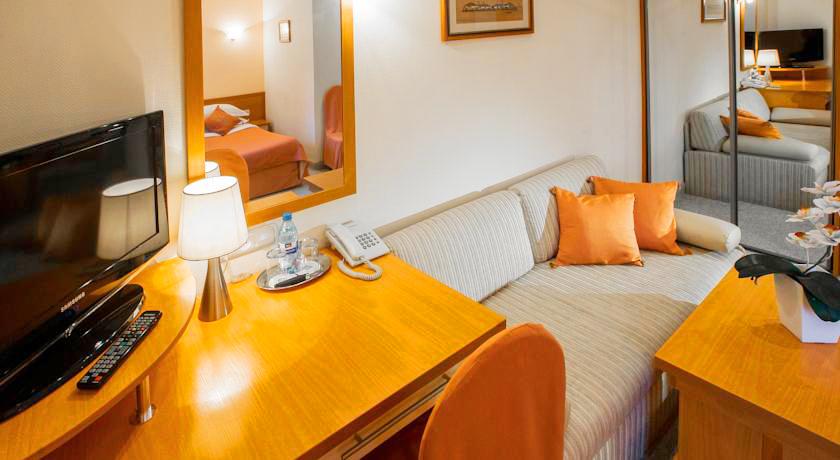 eney hotel lviv suite 20Отель Эней
