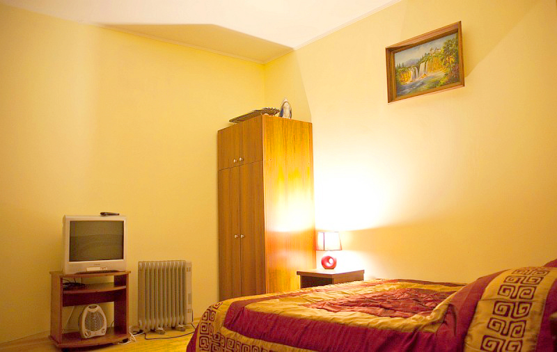 hostel europe apartment 1floor 1Хостел Европа