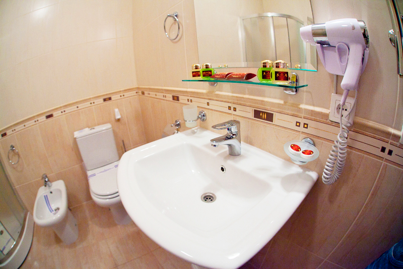hotel edem lux suite bathroom 1Гостиница Эдем