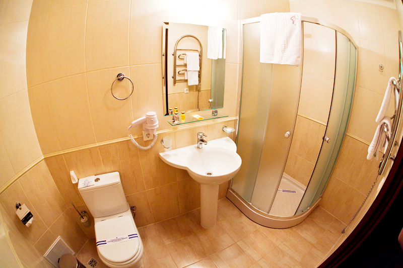 hotel edem superior bathroomГостиница Эдем