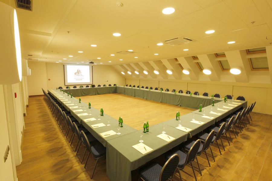 leopolis hotel conference hall 3Отель Леополис
