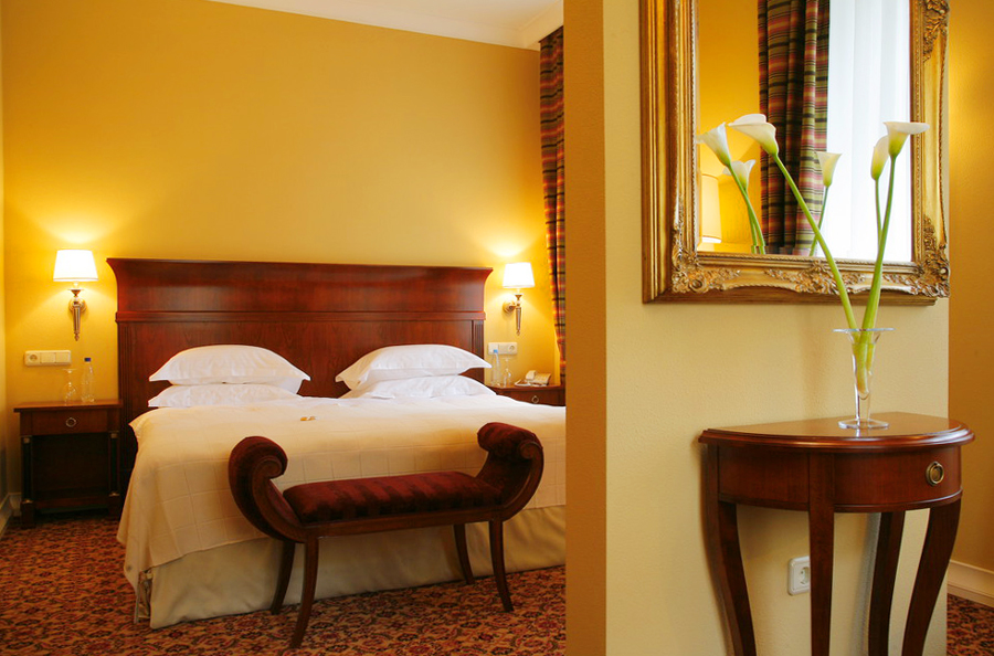 leopolis hotel suite 1Отель Леополис