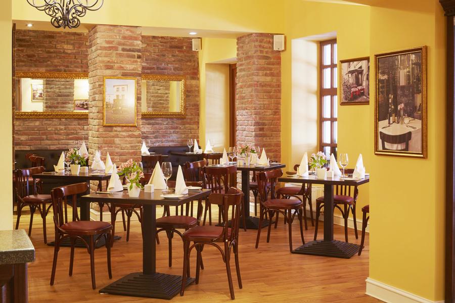 leopolis hotel suite cafeОтель Леополис