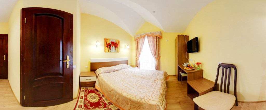 leotel hotel lviv standart suite 1024x426Отель Леотель
