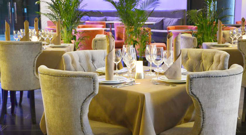 lh hotels spa restaurantГостиница LH Hotel & SPA