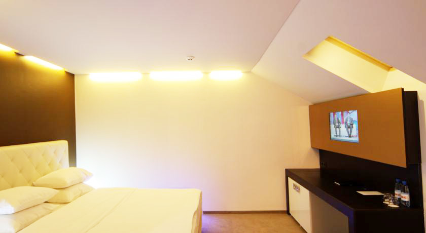 lh hotels spa suite 2Гостиница LH Hotel & SPA