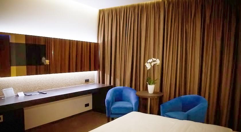lh hotels spa suite 6Гостиница LH Hotel & SPA