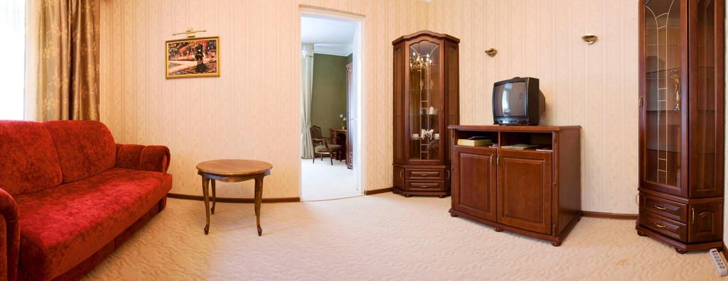 lion castle hotel austrian semi lux suite 4 1024x396Гостиница Замок Льва