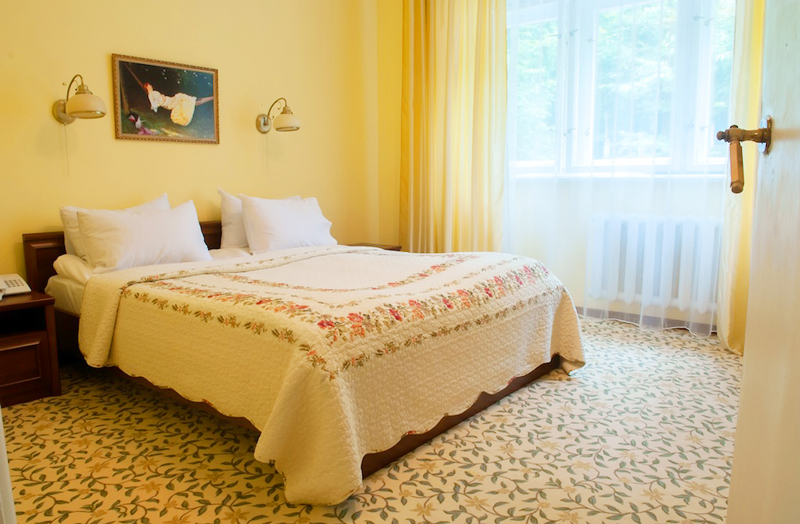 lion castle hotel austrian semi lux suiteГостиница Замок Льва