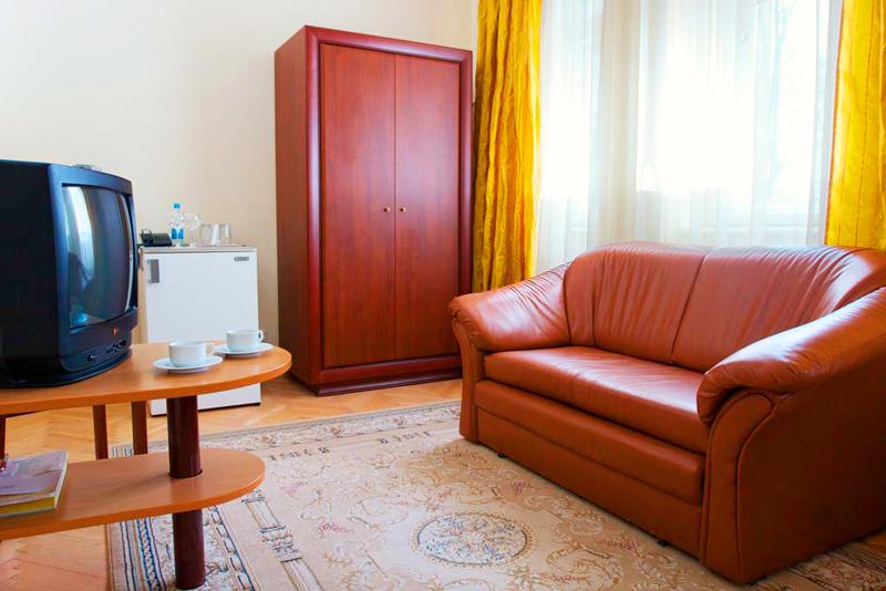 lion castle hotel austrian suite standart 1Гостиница Замок Льва