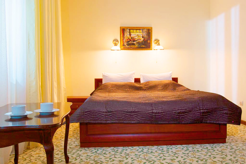 lion castle hotel austrian suite standart 6Гостиница Замок Льва