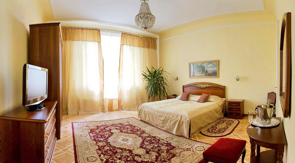 lion castle hotel lux suite 6Гостиница Замок Льва