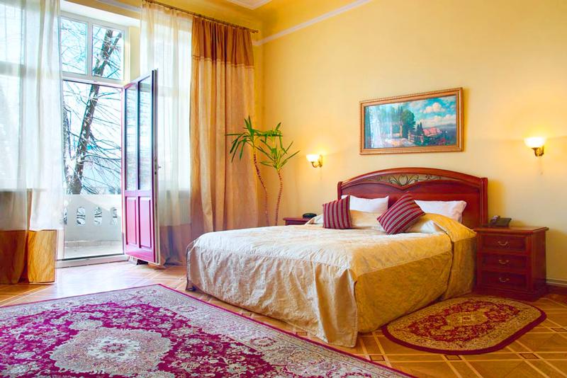 lion castle hotel lux suiteГостиница Замок Льва