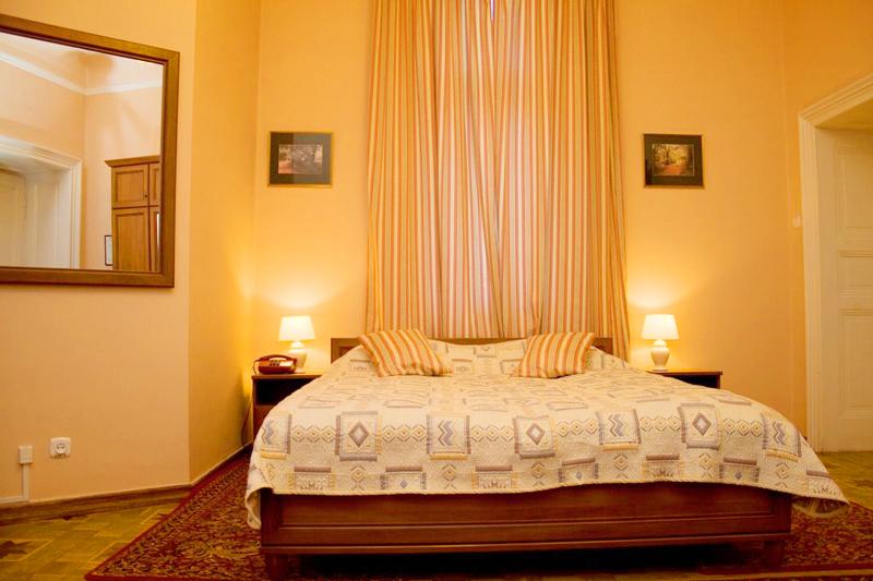 lion castle hotel standart suiteГостиница Замок Льва