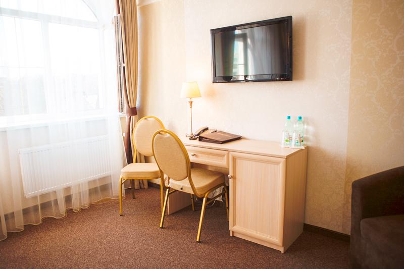 nota bene hotel rooms 1Отель Нота Бене