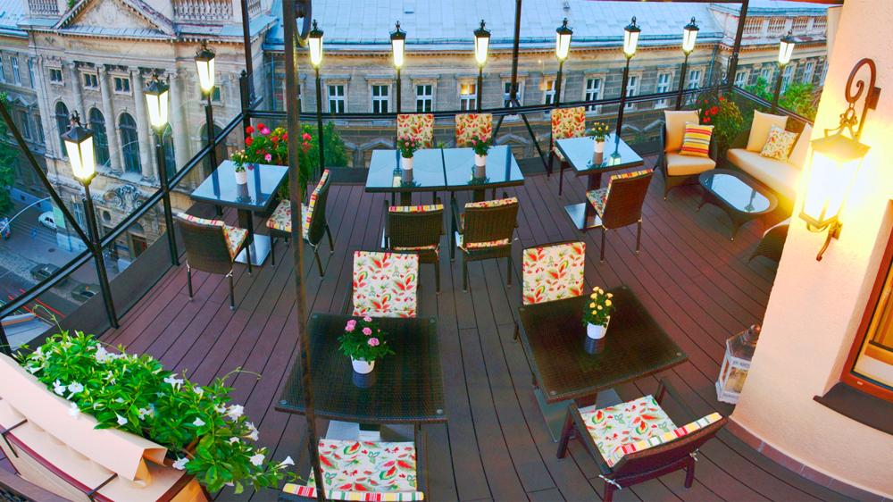 swiss hotel restaurant Valentino terasa 1Отель Швейцарский