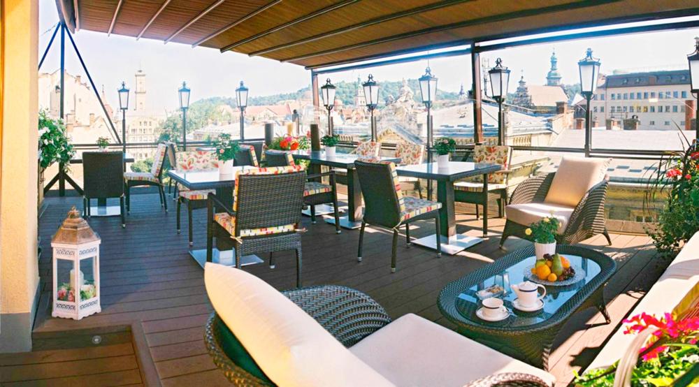 swiss hotel restaurant Valentino terasaОтель Швейцарский